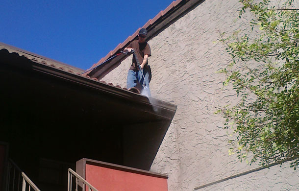 commercial-gutter-cleaning-gilbert
